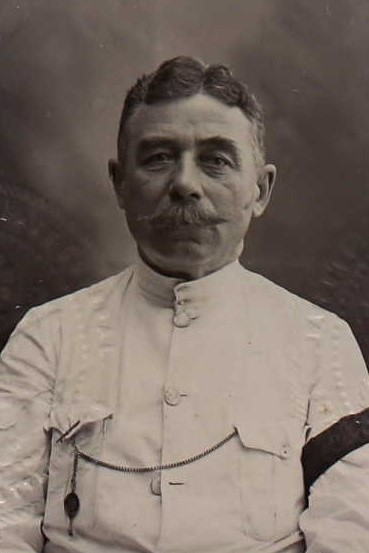 James William Price (passport photo 1916)