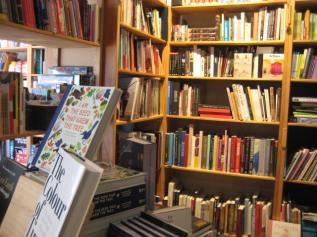 Ekor Books